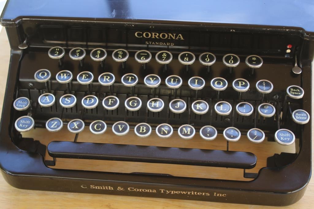 phoenix typewriter smith corona comp 3L0A1616