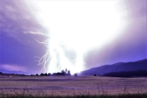 Lightning Chewelah Washington July 2019